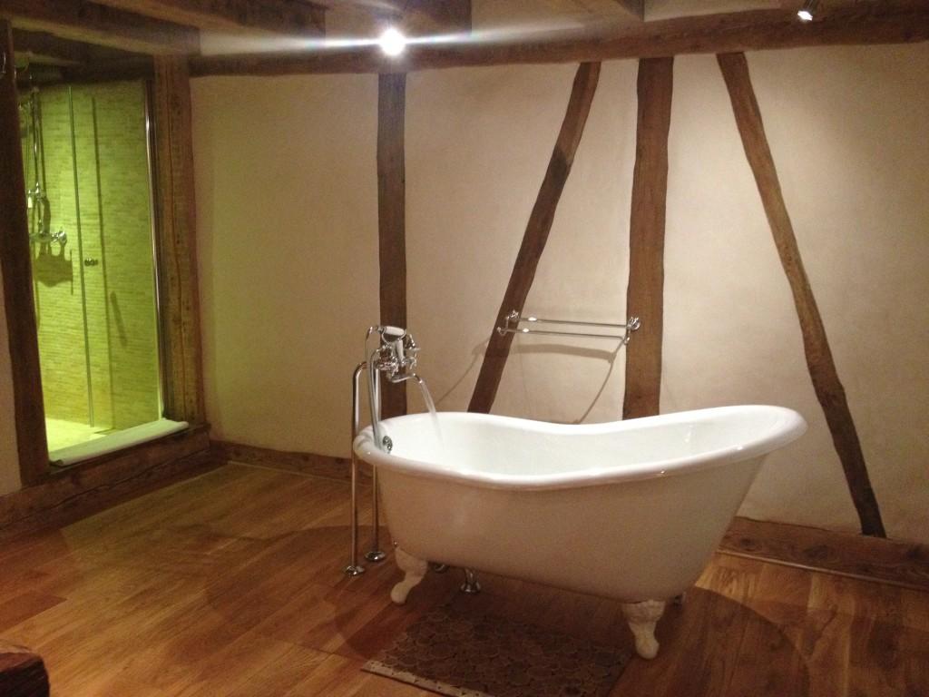 La vasca della chambre d'hôtes in Alsazia, la Maison d'Artgile.