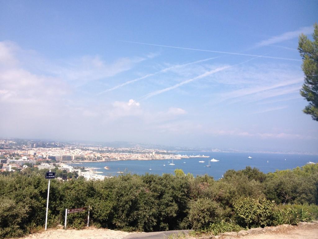 Veduta della città da Cap d'Antibes.