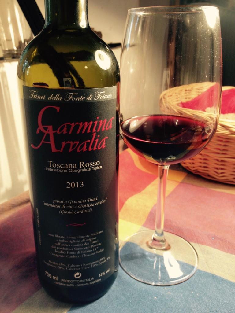 Una bottiglia di Carmina Arvalia 2013.