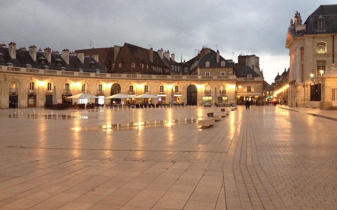 Digione, place de la Libération