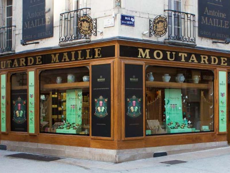 Lo storico negozio di Maille, nel centro di Digione
