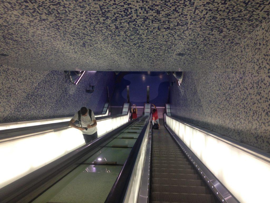 La fermata Toledo della metropolitana di Napoli.