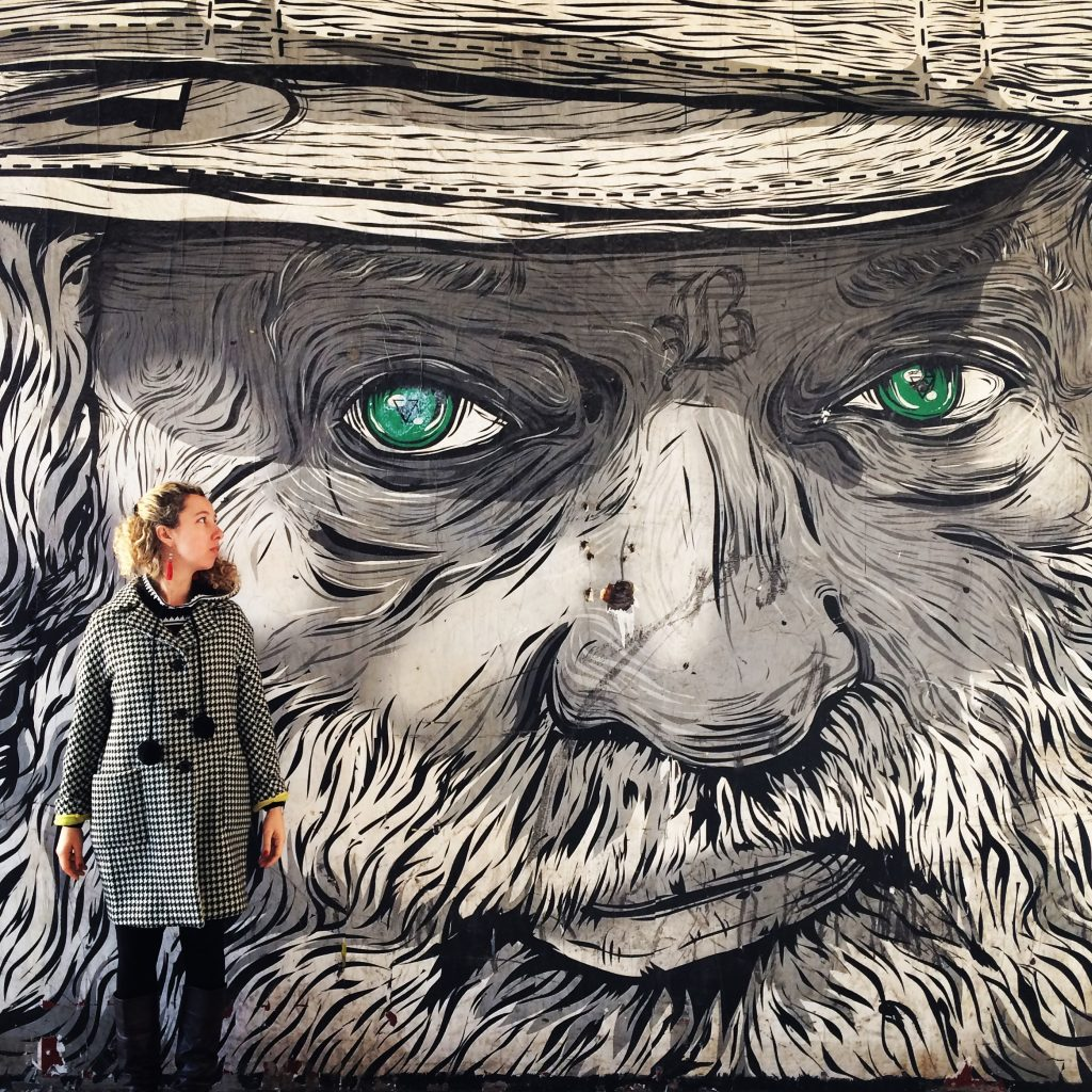 Uno dei murales che impreziosiscono la Friche.