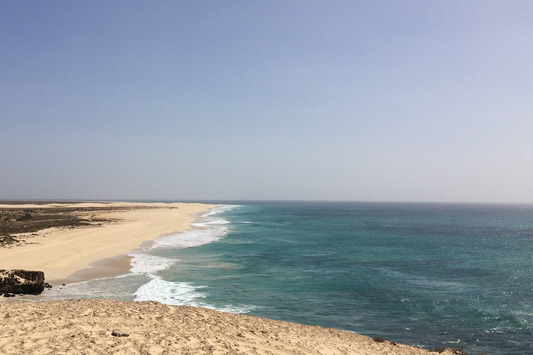 Scorcio della chilometrica spiaggia di Santa Monica a Boa Vista