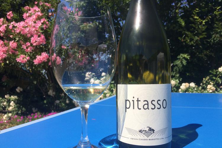 La bottiglia di Pitasso 2004 di Claudio Mariotto.