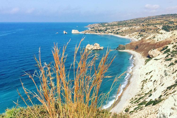 La spiaggia di Petra Tou Romiou-Pafos