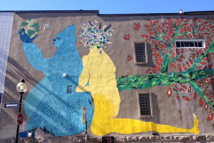 Un'opera di street art nel quartiere Plateau di Montréal.