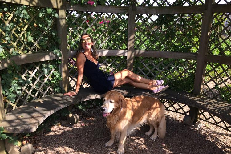 Con il mio cane Felakuti nel Giardino di Villandry.