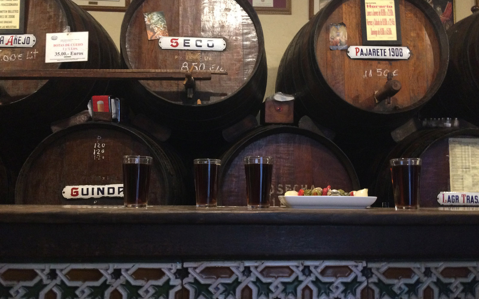 L'Antica Casa de Guardia, a Malaga.