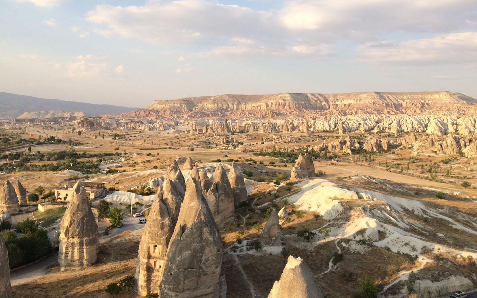 Veduta panoramica dei Camini delle Fate, in Cappadocia.
