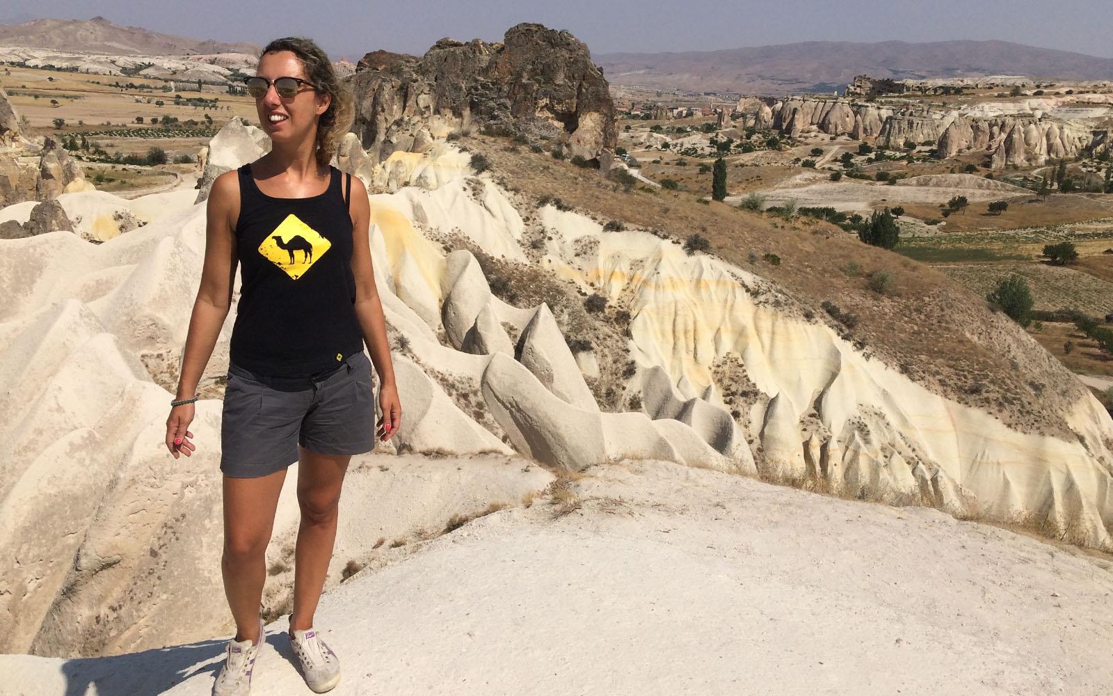 Sotto il sole estivo, in Cappadocia.