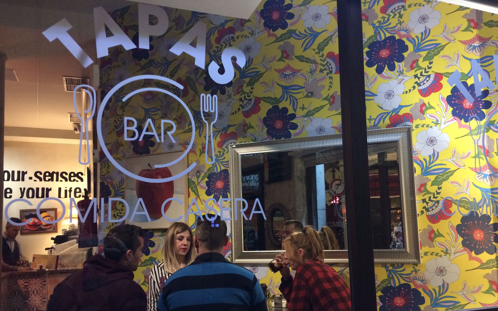 El Bar de Fede, tapas bar di Granada dove si cena sino a tarda notte.