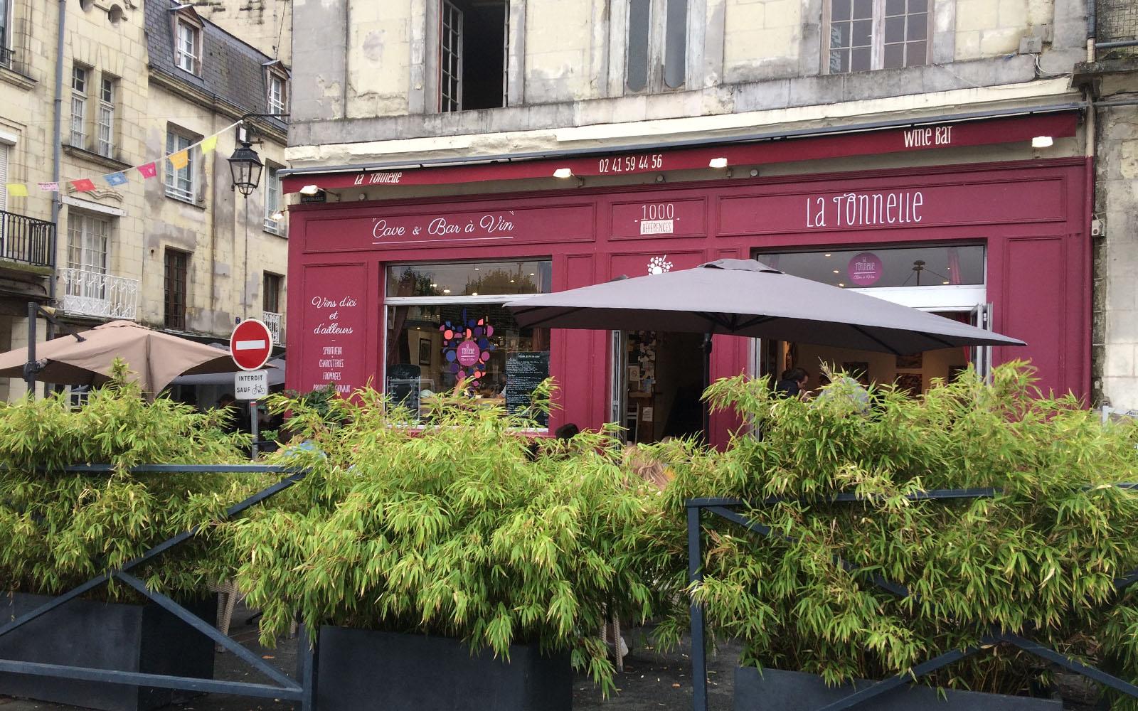 L'enoteca Tonnelle a Saumur.