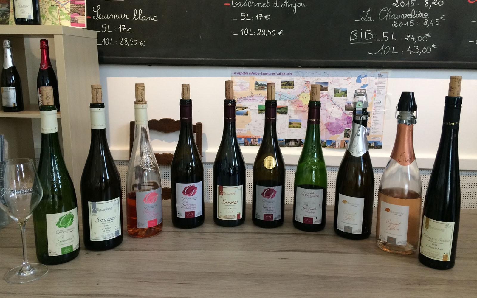 La degustazione di vino fatta da La Giraudière.