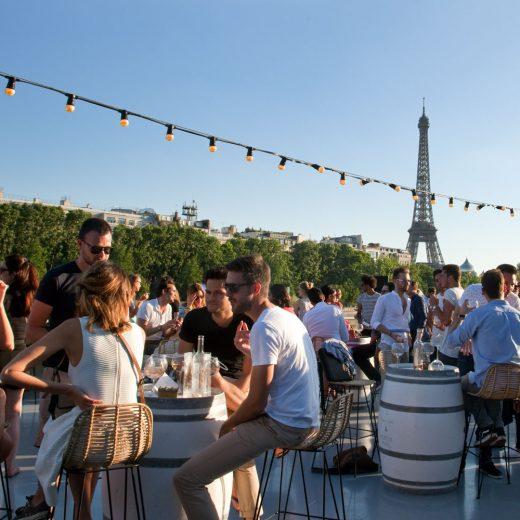 Parigi estate, oltreilbalcone © Amélie Dupont