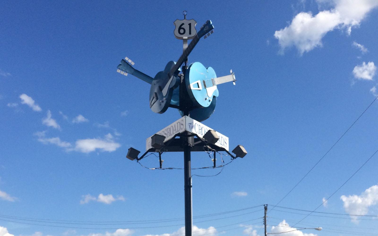 Il crossroads cult di Clarksdale, tra la hwy 61 e la 49.