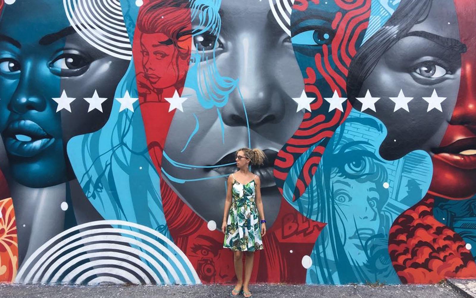 Uno dei molteplici murale del quartiere di Wynwood, a Miami.