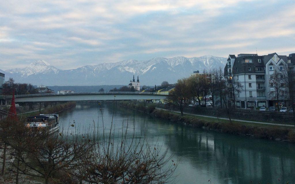 Il battello sul fiume Drava.