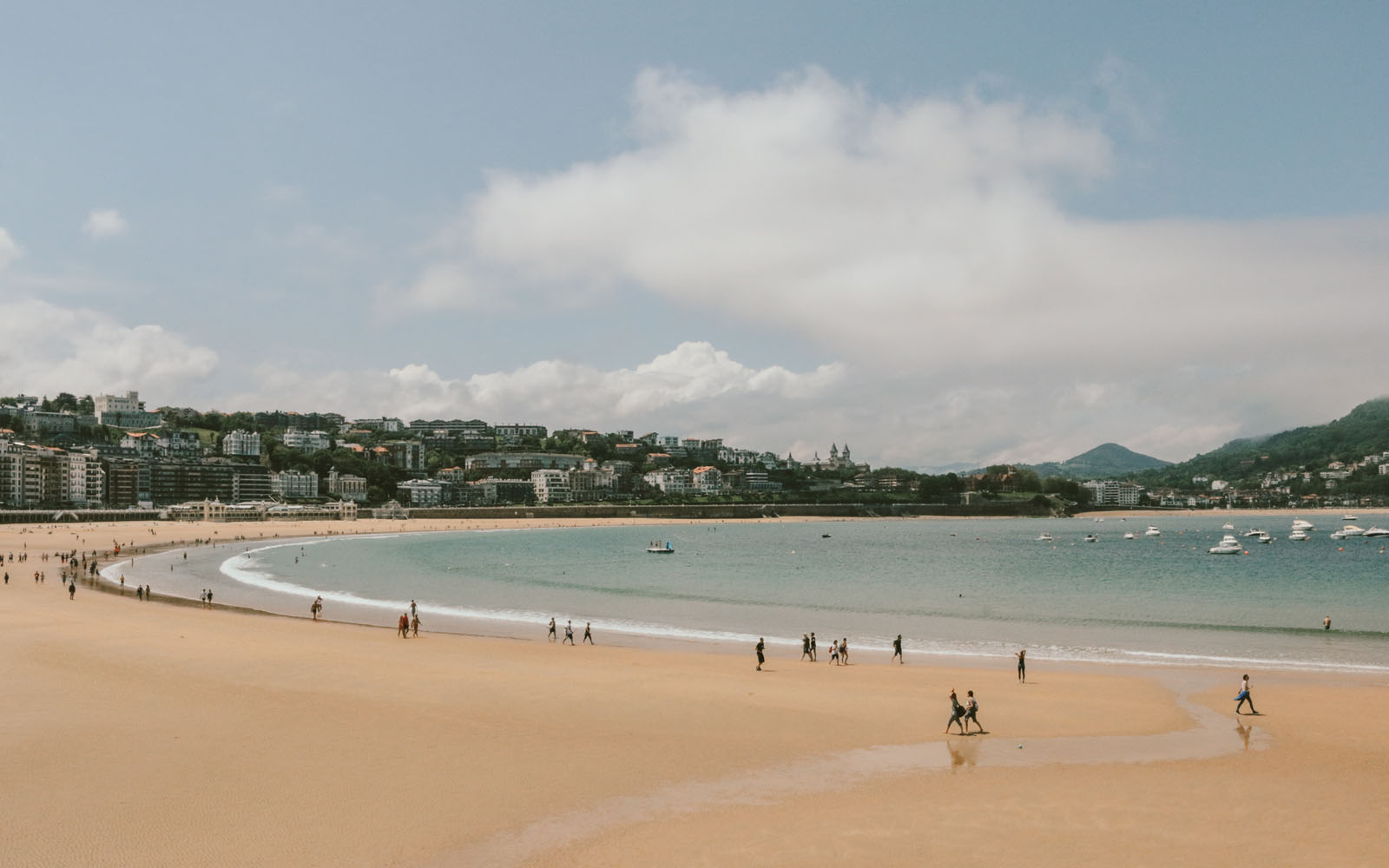La spiaggia La Conchia di San Sebastian.