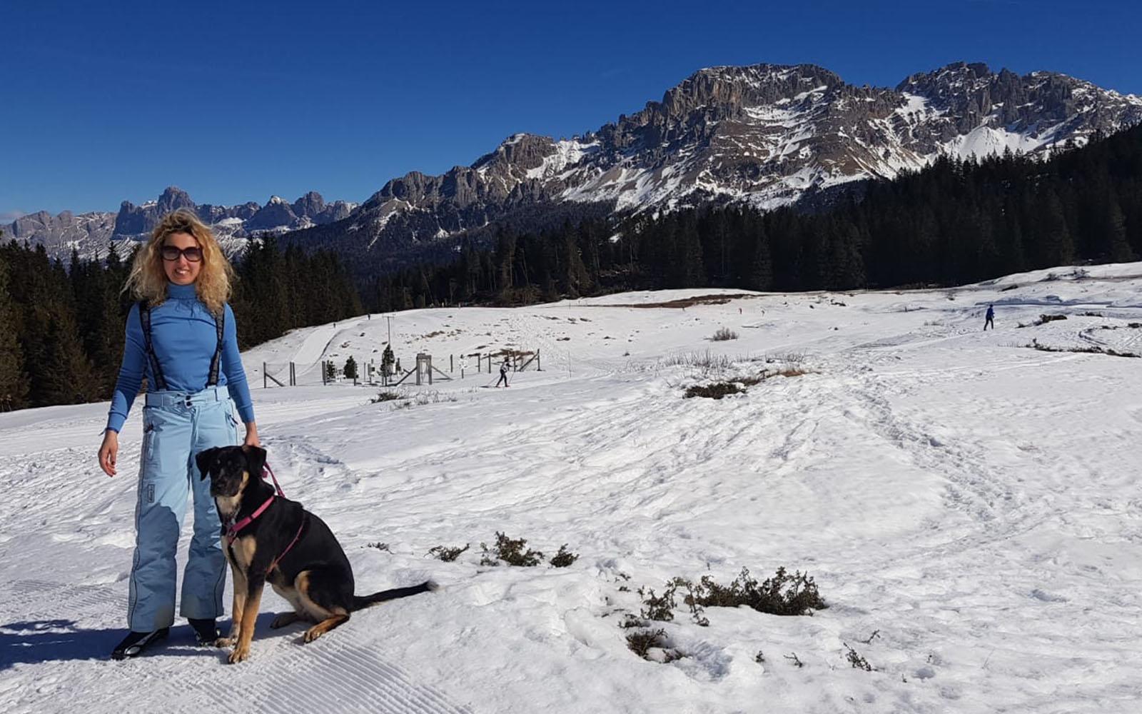 Durante la passeggiata a piedi, con il mio cane Pastis.