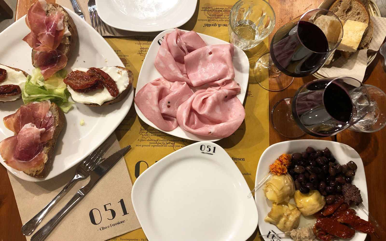 Gli antipasti dell'osteria di Bologna Zerocinquantello.