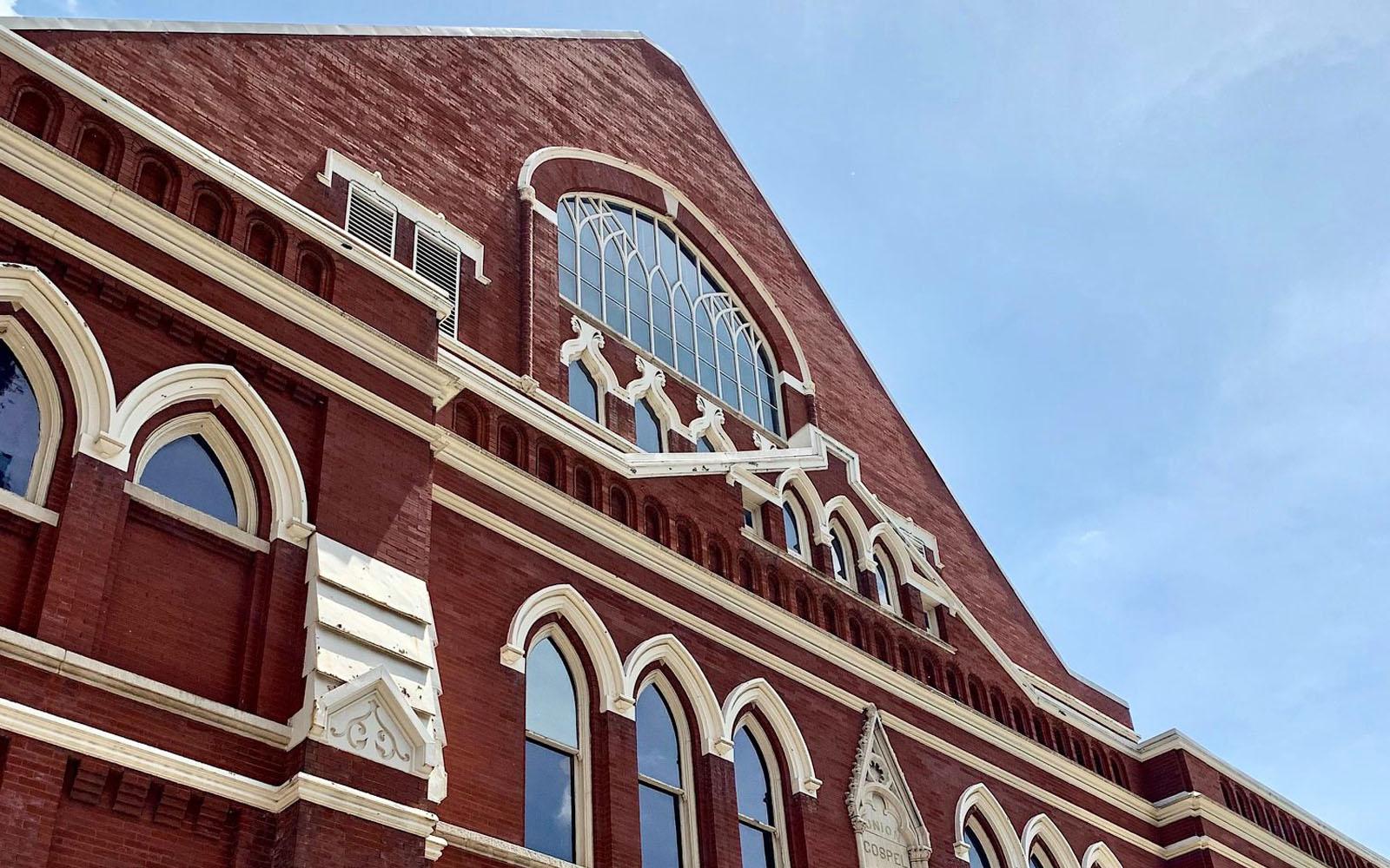 Uno scorcio della facciata del Ryman Auditorium di Nashville.