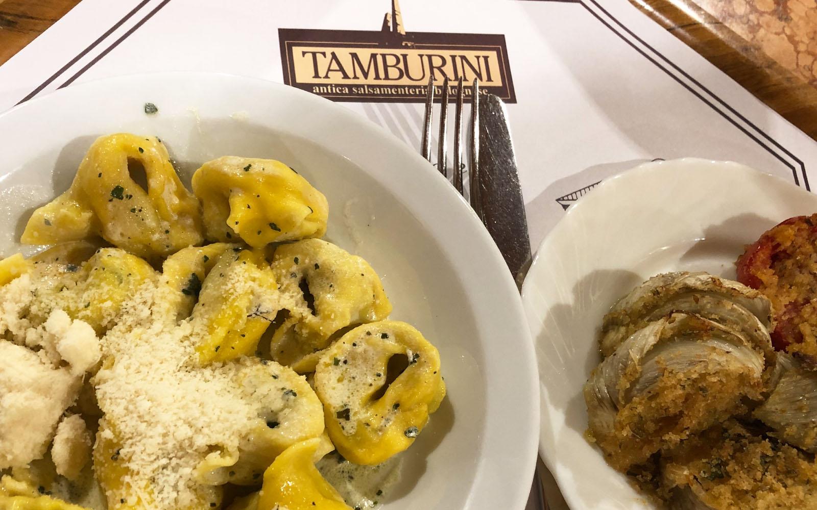 Il mio pranzo da Tamburini, storica salsamenteria di Bologna. © oltreilbalcone