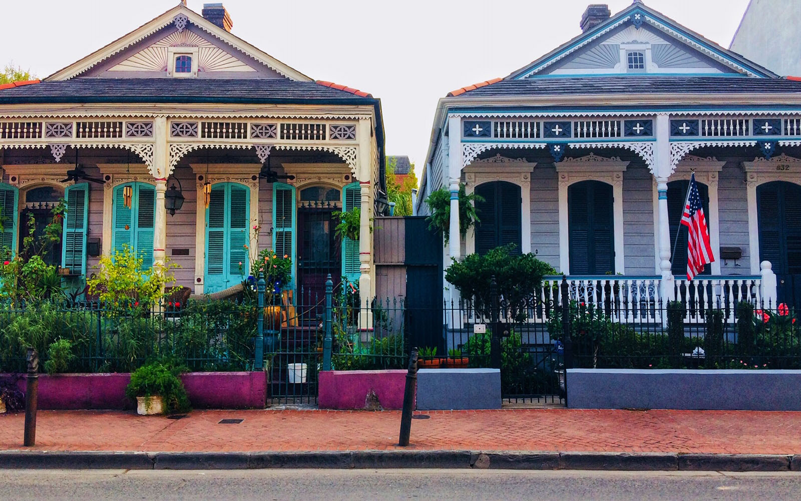 Case colorate a New Orleans, nel French Quarter.
