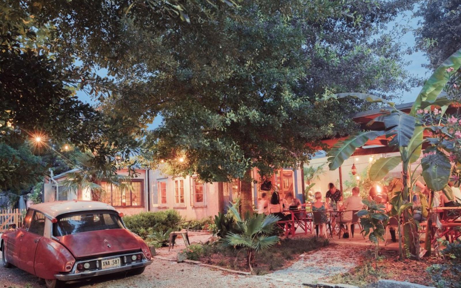 La cornice suggestiva del ristorante N7 di New Orleans.