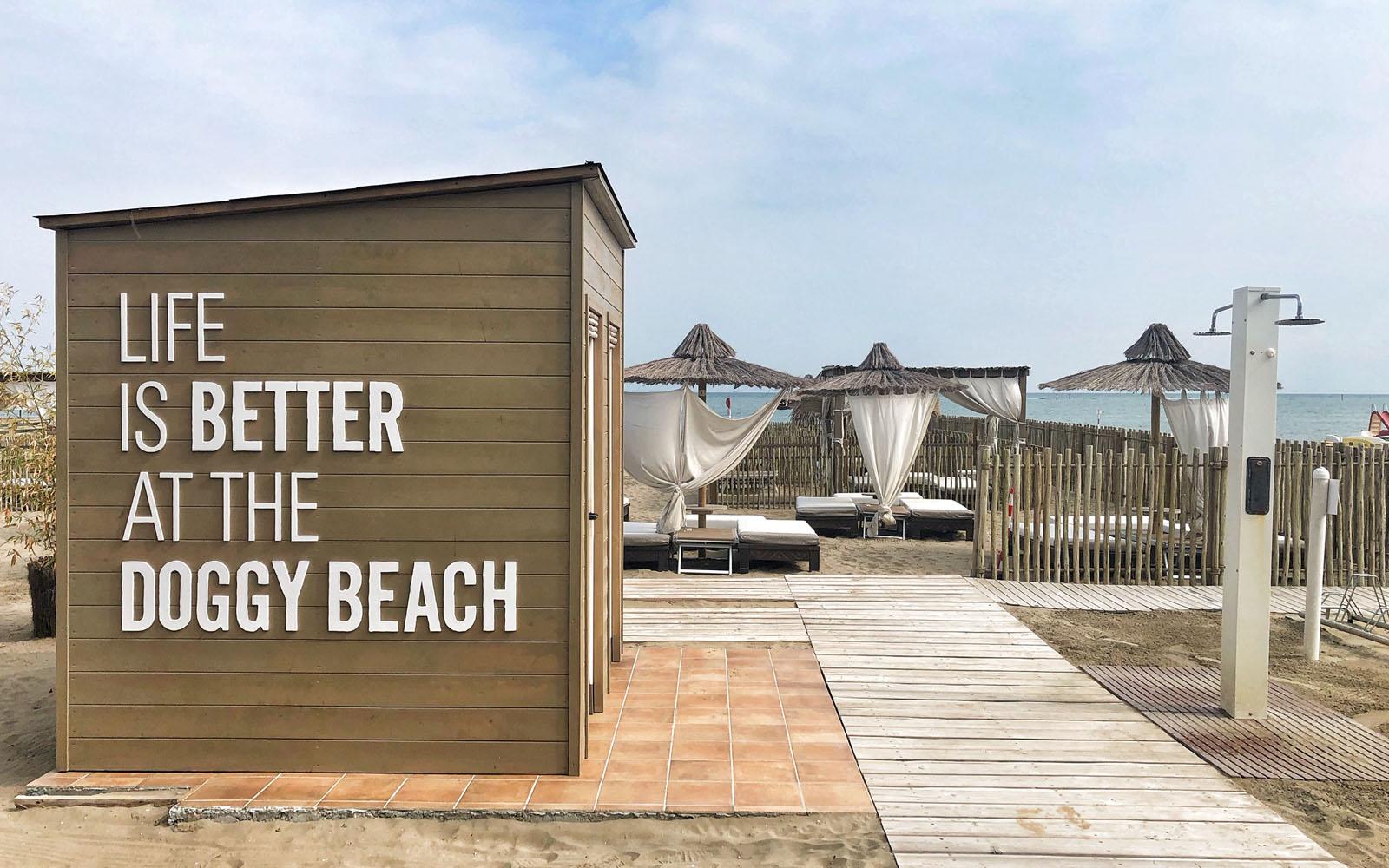 Una delle spiagge dog-friendly di Lignano Sabbiadoro.