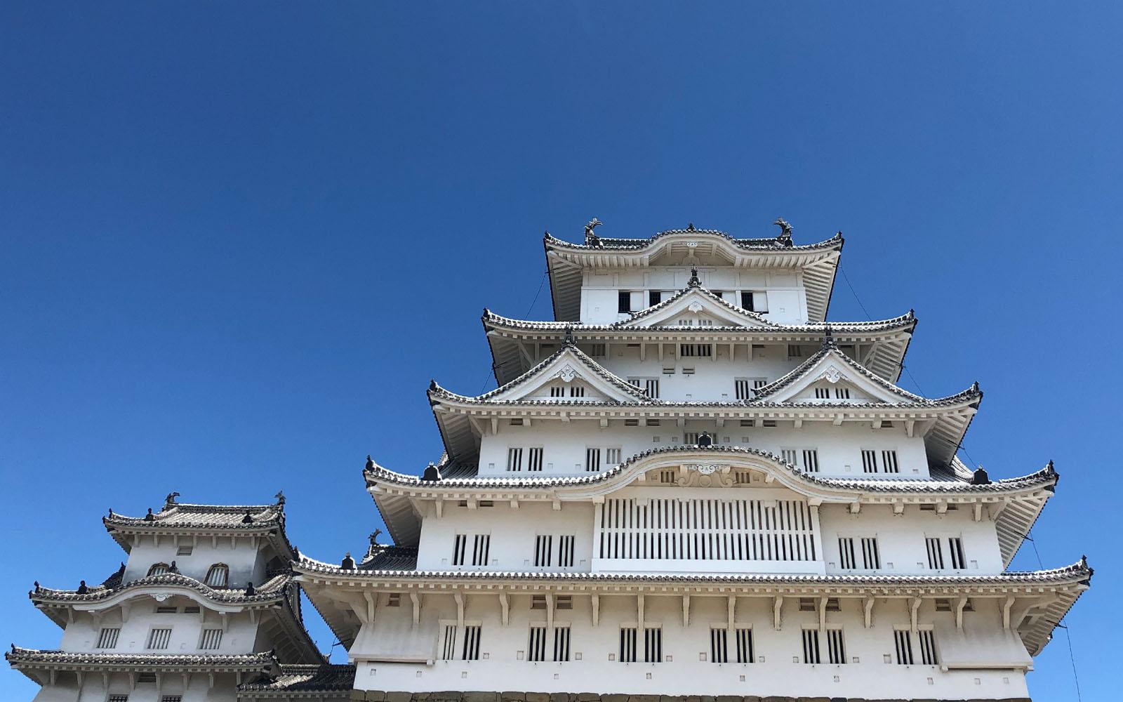 Il Castello di Himeji, che ricorda un airone bianco. © oltreilbalcone