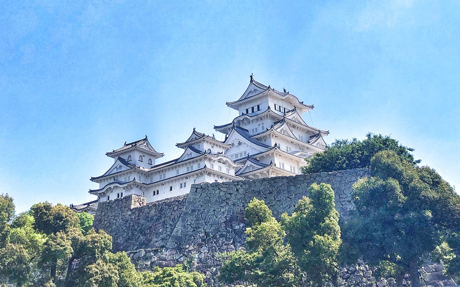 Il profilo bianco del Castello di Himeji. © oltreilbalcone