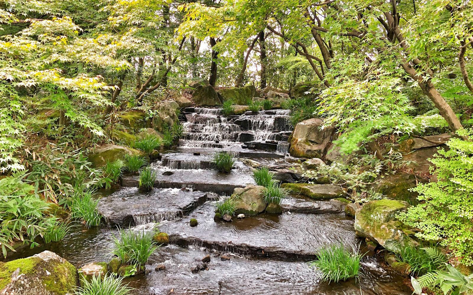 Himeji giardini cascata © oltreilbalcone