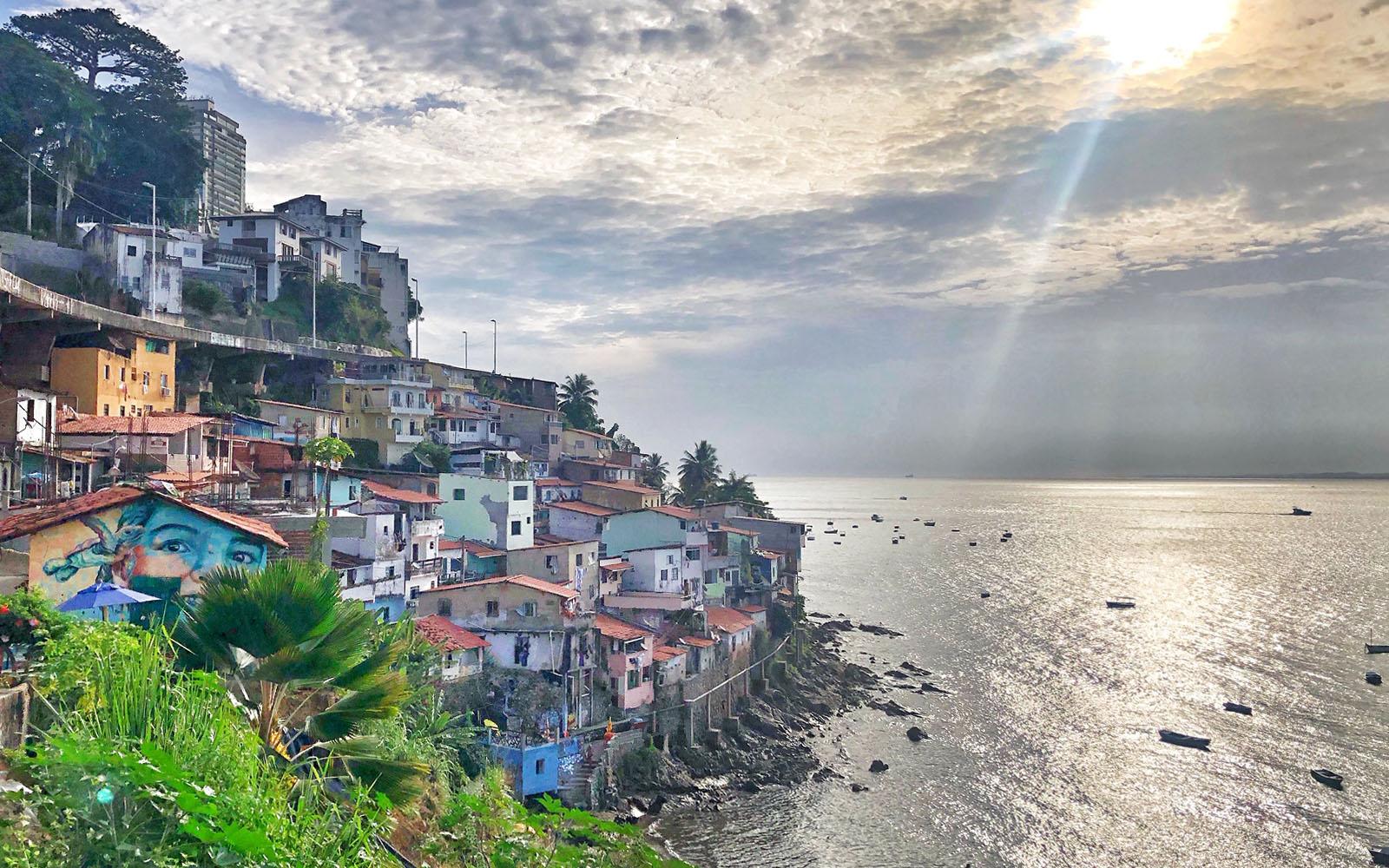 La favela Gamboa - Solar do Unhão. © oltreilbalcone