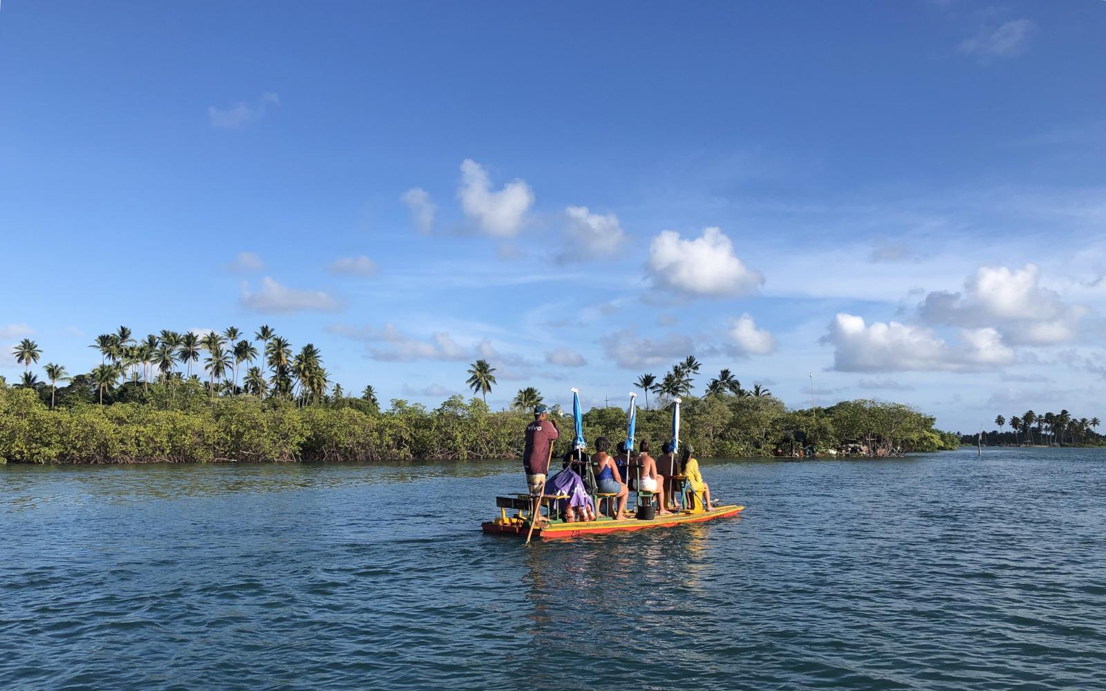 Giro in barca sul fiume Maracaípe, in Pernambuco. © oltreilbalcone