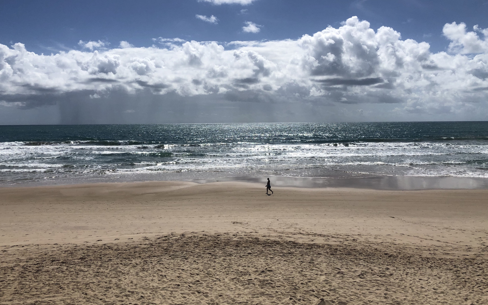 La suggestiva spiaggia, spesso deserta, di Porto de Galinhas in Pernambuco. © oltreilbalcone