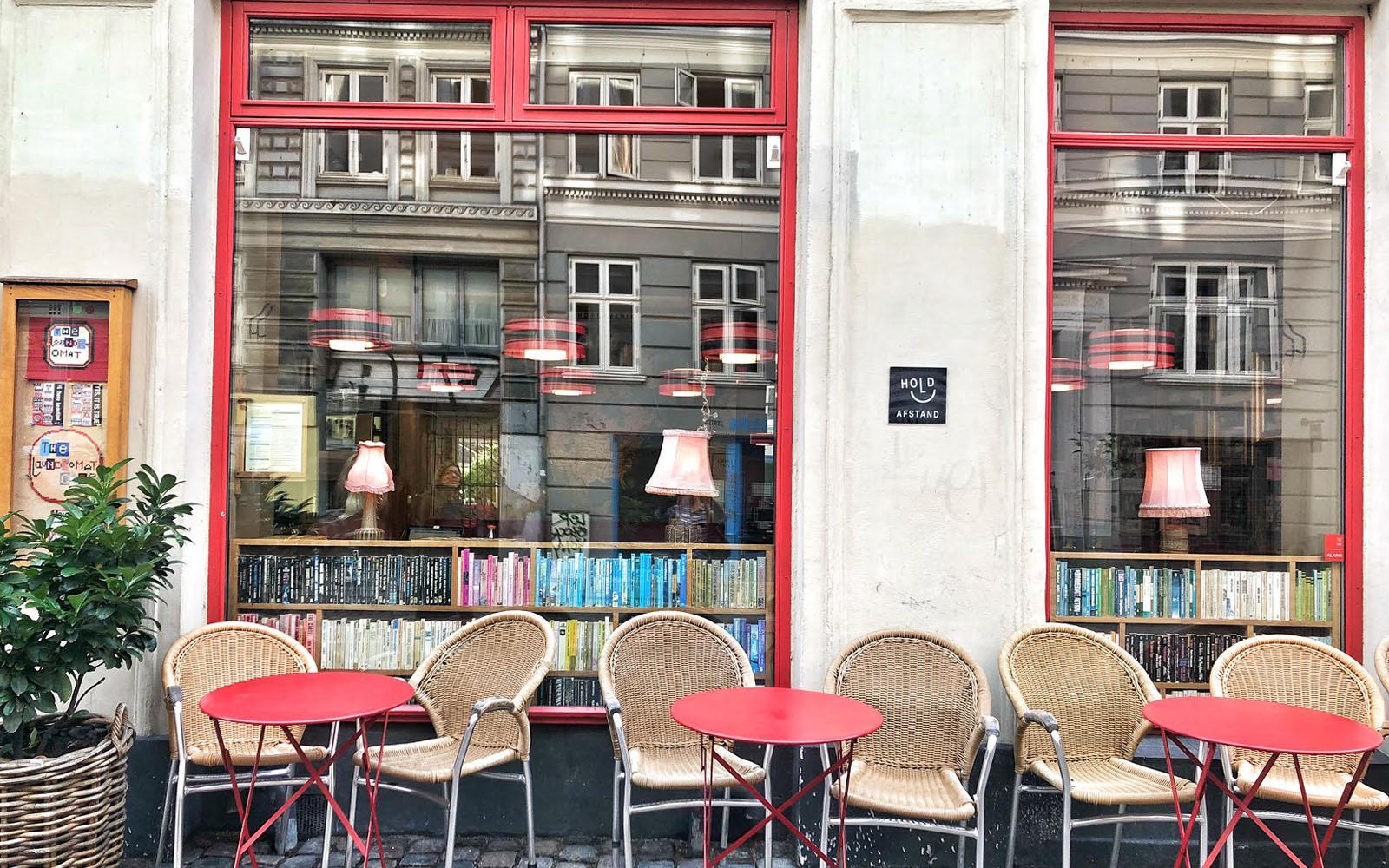 Il Laundromat Café, nel quartiere Nørrebro di Copenaghen. © oltreilbalcone
