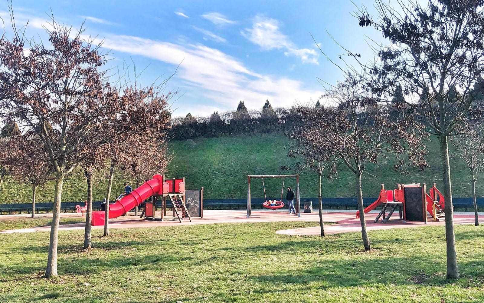 L'area giochi del Parco del Portello di Milano. © oltreilbalcone