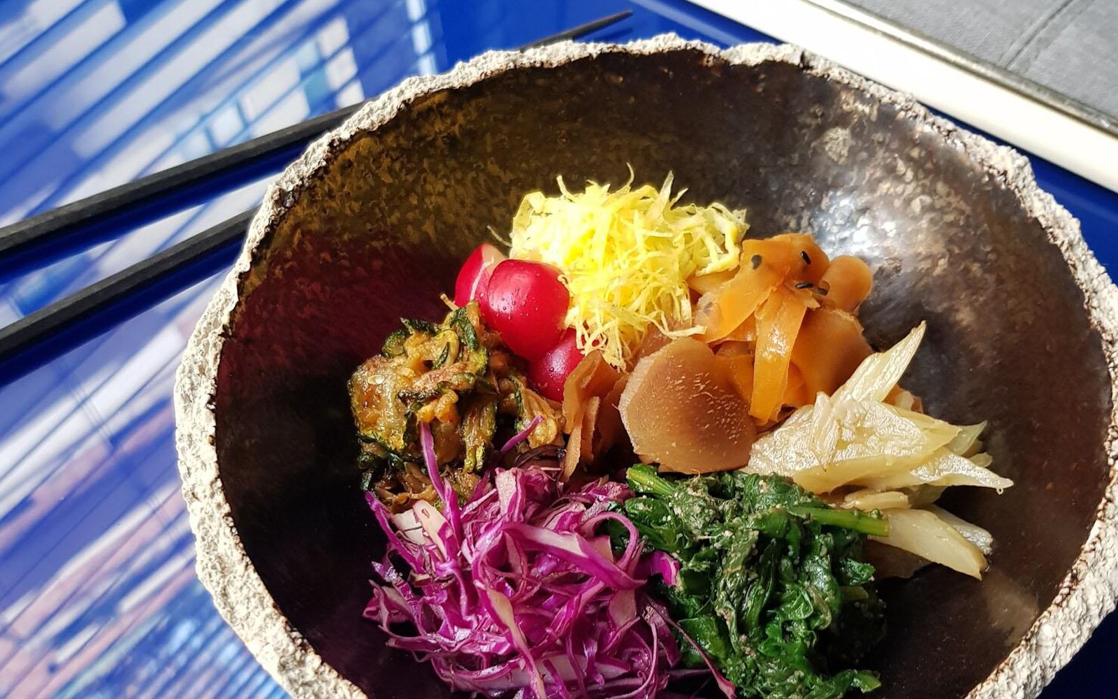 Le verdure cotte e marinate utilizzando le tecniche giapponesi della Bentoteca. © oltreilbalcone