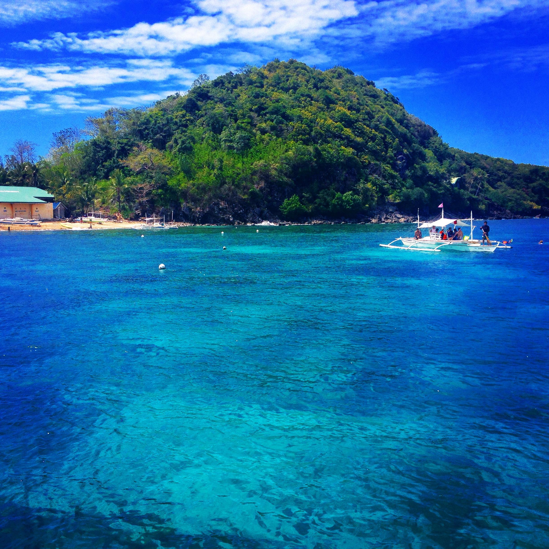 L'arrivo in catamarano ad Apo Island.