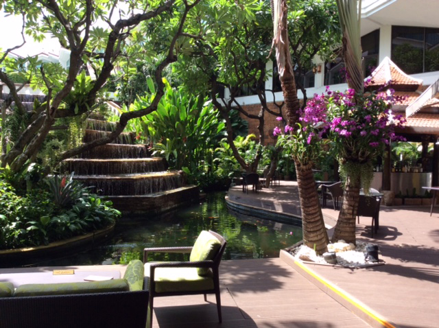 Benjarong Terrace, Dusit Thani @oltreilbalcone